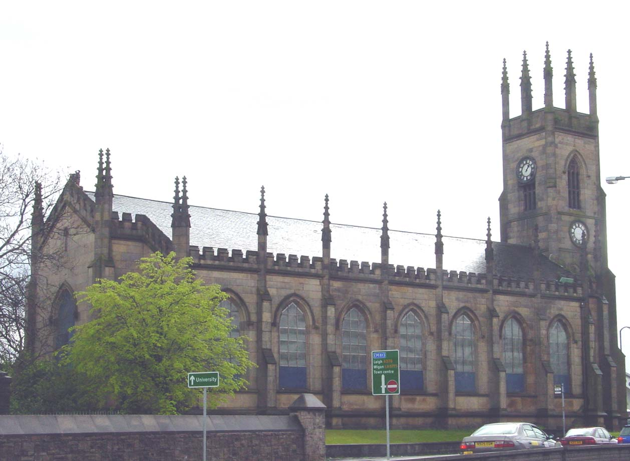 http://www.lan-opc.org.uk/Bolton-le-Moors/Great-Bolton/images/holytrinity03.jpg